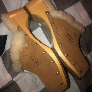 Brand New UGG Clogs shoes size 8